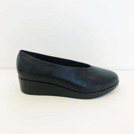 Hopp Wedge Slip On - Black
