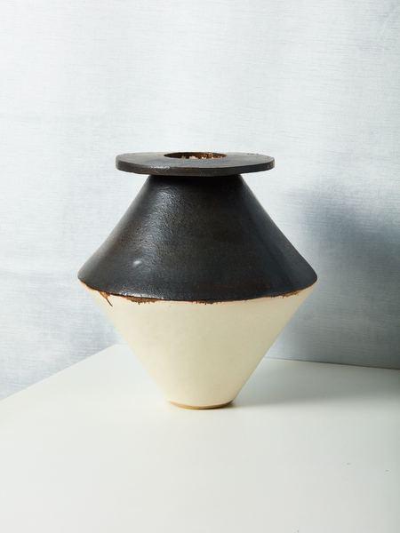 Bzippy & Co. Vase - matte black/white glaze