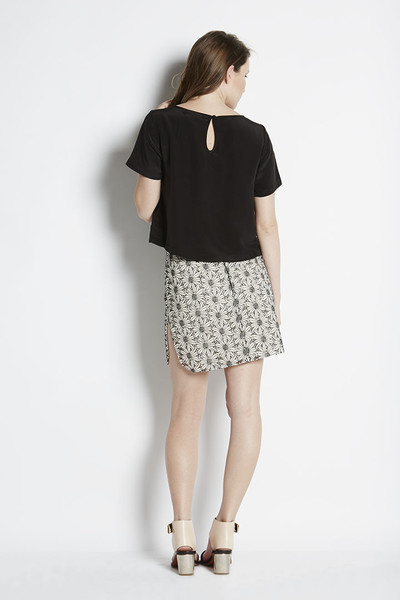 N/TICE Embroidered Lace Pencil Skirt