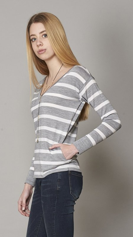 Eleventy V Neck Sweater - Grey/White
