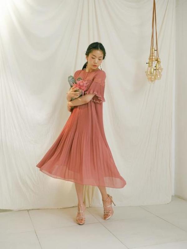 7831a552cb11 OH L Lace Point Pleats Long Dress - Rose Pink