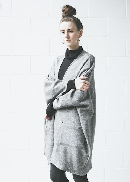 First Rite Sweater Cape | Grey