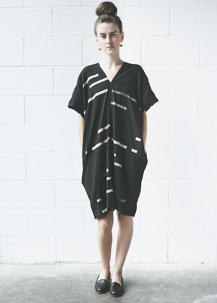 Uzi -Broken Stripe V Dress   Black