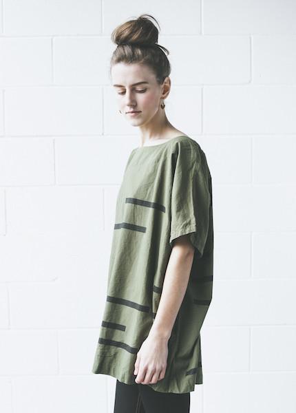 Uzi Broken Stripe Kimono   Olive