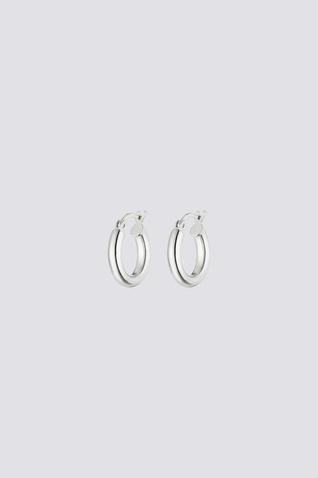 Nina Kastens Small Hoop Earrings - Silver