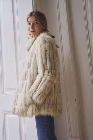 Bird On A Wire Vintage Silver Fox Fur Coat - white