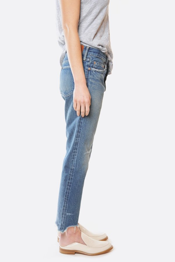 Chimala Medium Repair Narrow Tapered Cut Jean