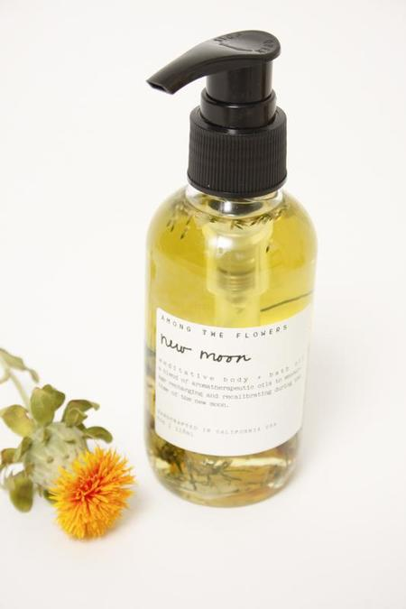 AMONG THE FLOWERS NEW MOON BODY OIL