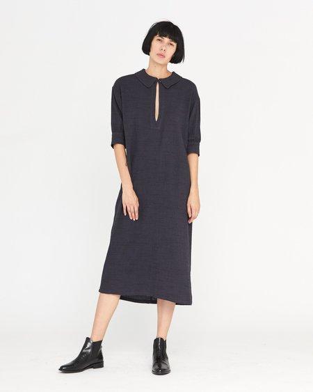Esby CORINA SHIFT DRESS - MIDNIGHT