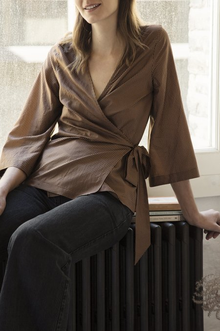 Old Sadie Wrap Top - brown