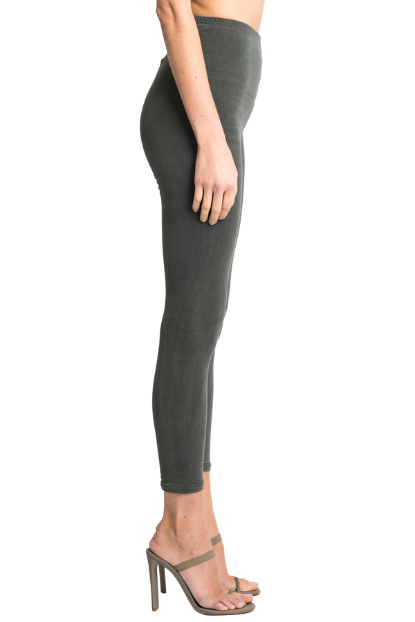 8ba471307c5 Yeezy Leggings Core - Washed. sold out. YEEZY