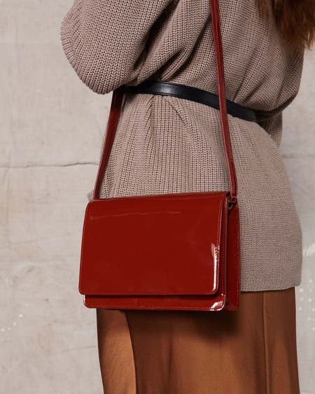 The Stowe Evelyn Patent Bag - Tomato