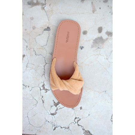 Maslin & Co Pleate Soleil Slides