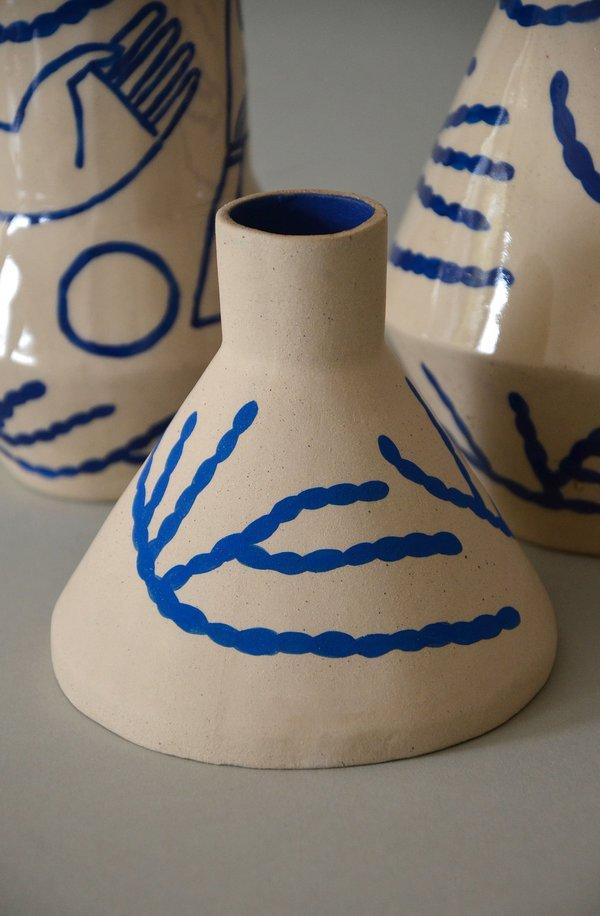 Sophie Alda cone VASE - CORAL/BLUE