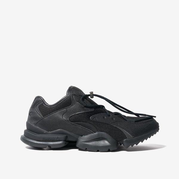 d89a44d9eb5 Reebok Classics Run.R 96 Sneakers - Black