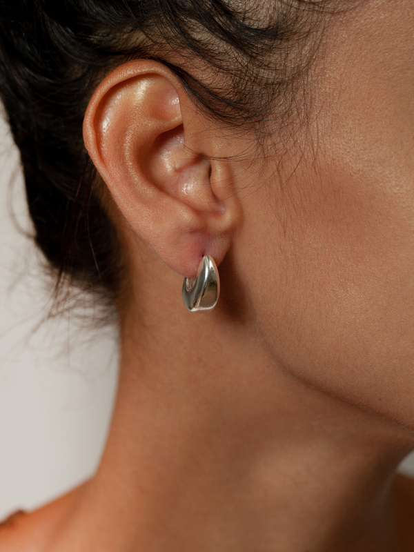 20b0f165d Wolf Circus Hepworth Hoop Earrings - Silver | Garmentory