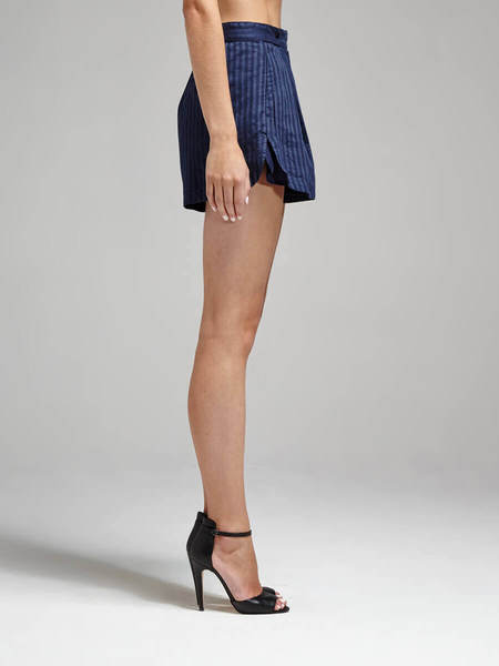 C & M Camilla And Marc Springs Shorts - NAVY