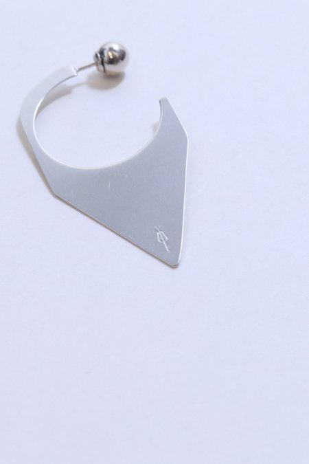 M33Ms Eze Spear Earring with Ball Backing - Silver