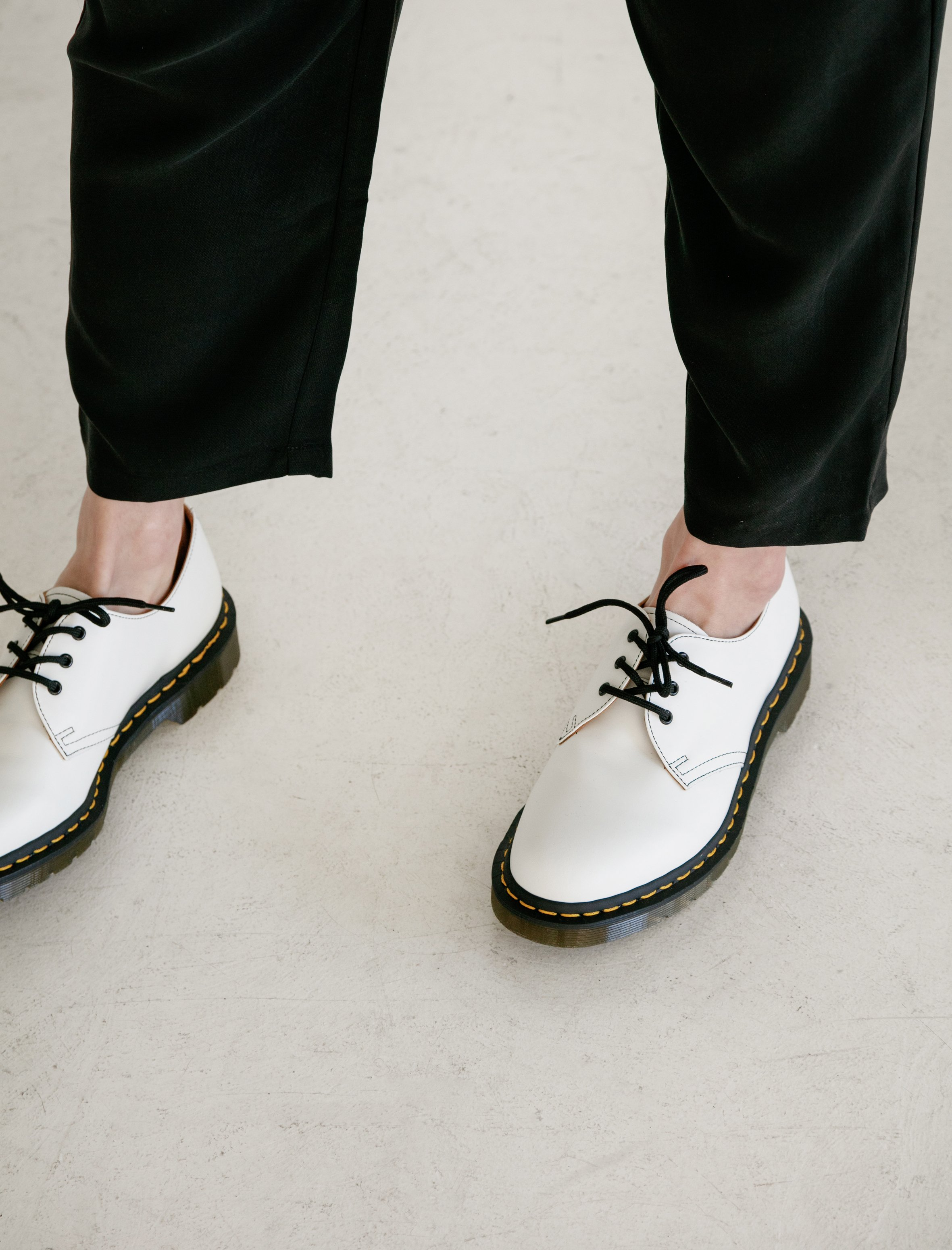 Dr Martens Oxford Shoes - White