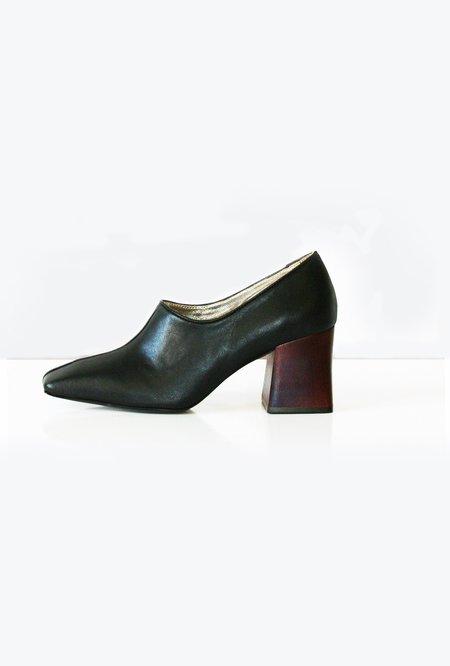Suzanne Rae Pump With Wood Heel - Black