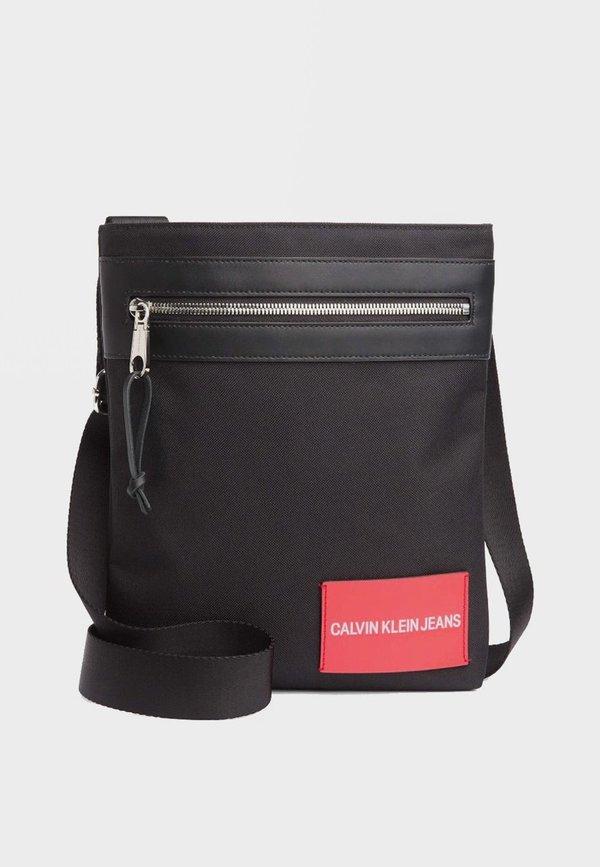 b739acb1d40 Calvin Klein Sport Essential Flat Pack - Black | Garmentory