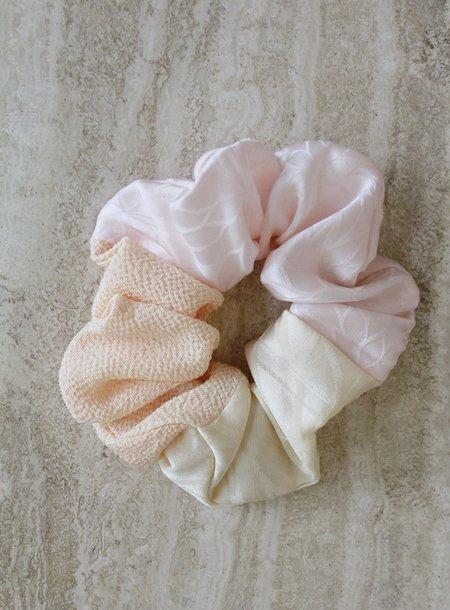 Comfort Objects Moshi Hair Cloud