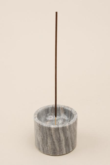 MAAARI Rooted Incense Holder - gray
