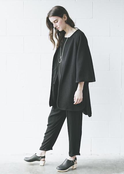 Black Crane - Reversible Poncho in Black
