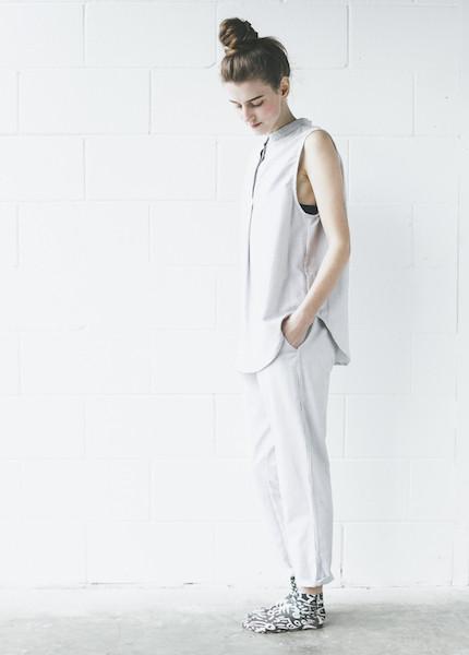 The Sleep Shirt - Sleeveless Pyjama Shirt in Black Oxford Stripe