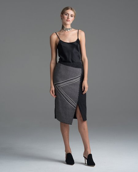 VOZ Arrow Skirt
