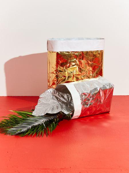 Essential Metallic Paper Laundry Bag