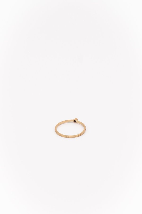 Young In The Mountain Negro Black Diamond Modelo Ring - Gold
