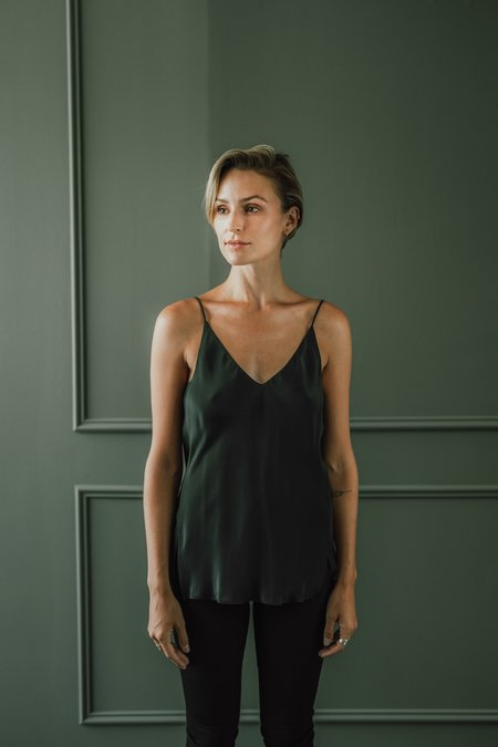 CLEMENTINE'S x MEROTTO Lauren Silk Cami - Dark ink navy