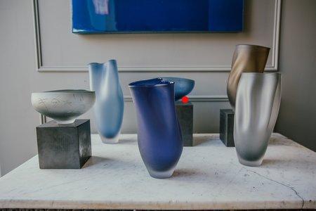 Jeff Goodman Studio Glass Bowl - Steel Blue Scribe