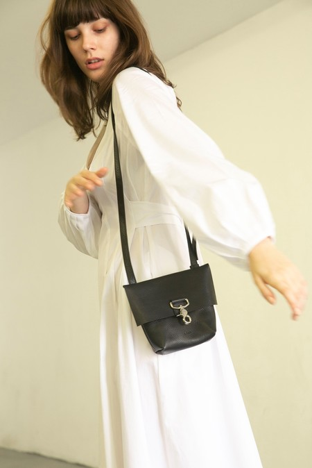 A.DAN MINI EVERYDAY SLING BAG - BLACK