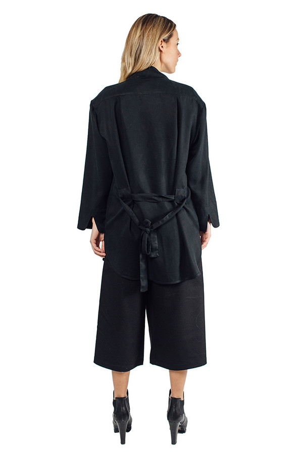 Priory Taek Jacket Black