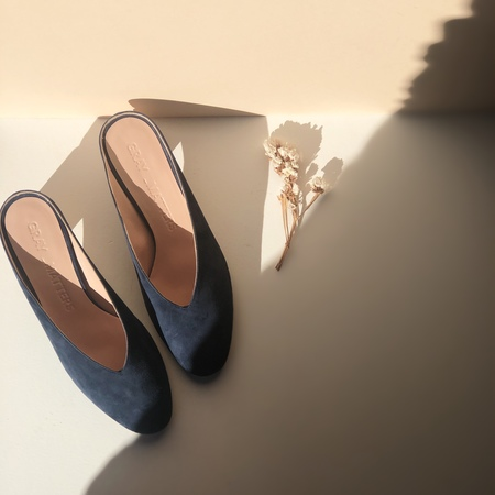 GRAY MATTERS MILDRED MULES - MIDNIGHT - EXCLUSIVE