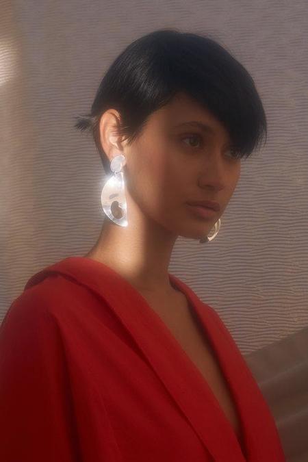Paige Cheyne Ovum Earrings - Silver