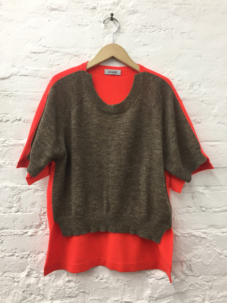 A Détacher Kirk Pullover in Taupe W/Red Fluo