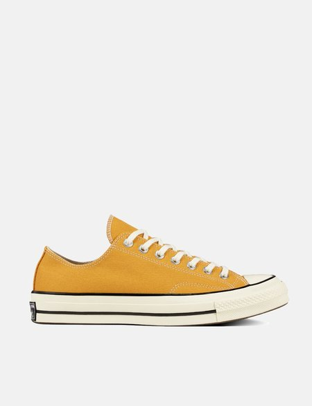 Converse 70's Chuck Taylor Canvas Low Sneakers - Sunflower Yellow