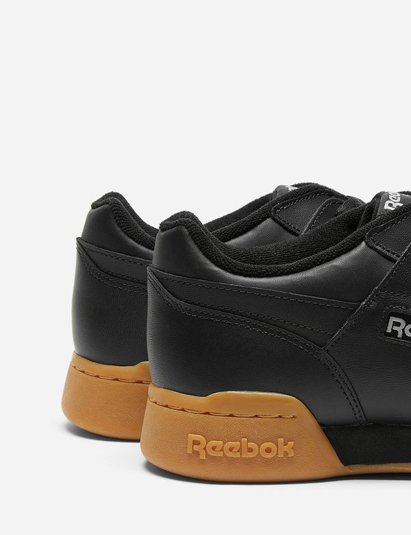 57db1a31269e6 Reebok Workout Plus Gum Sole (CN2127) - Black Carbon Classic Red ...