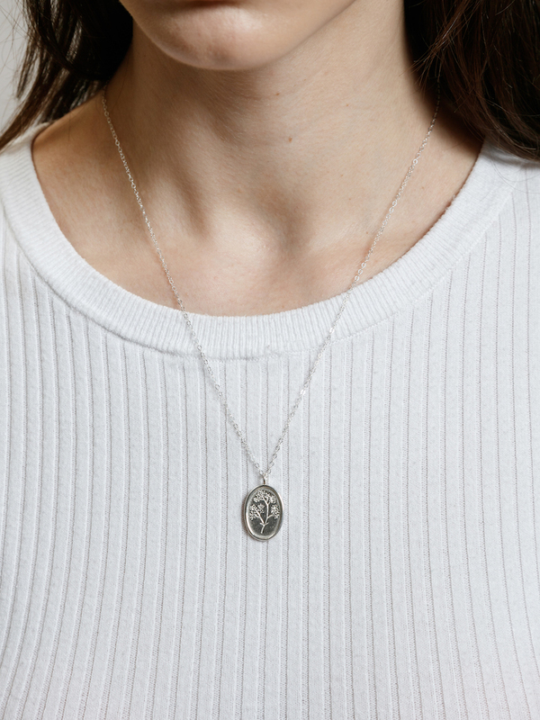 Wolf Circus Fleur Necklace