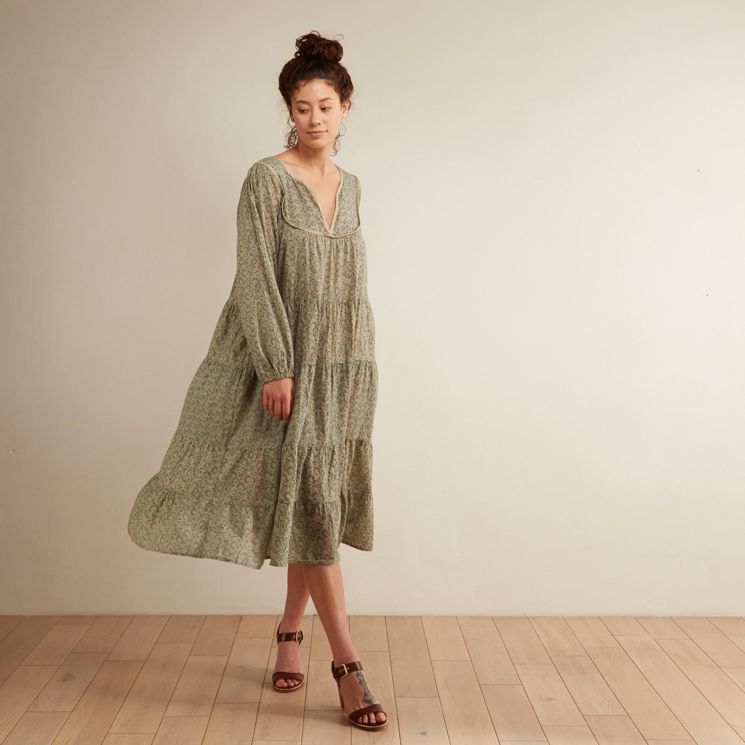 Romantic Vintage Style Dress in Aloe