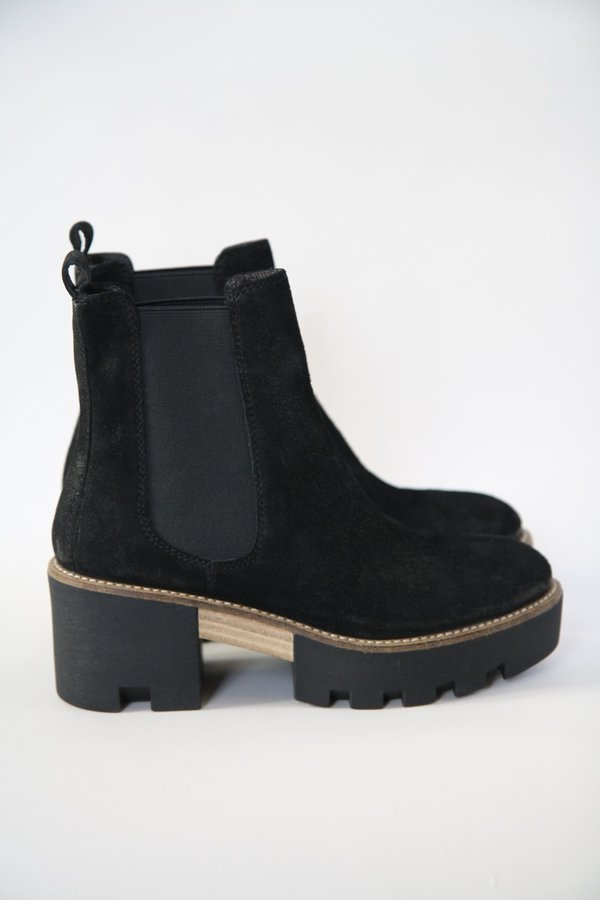 Roberto Durville Thelma Chunky Snow Boots - black