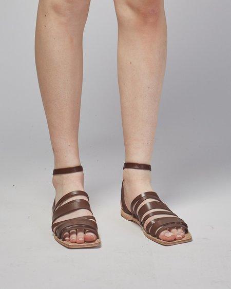 Mari Giudicelli Costa sandals - Cafe