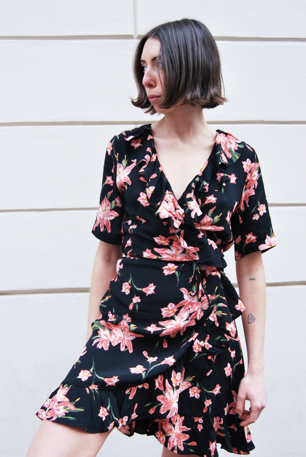 5aa56f62c891 Just Female Oline Wrap Dress - Cole Aop