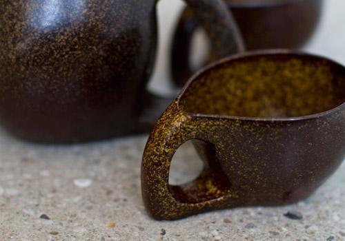 Hannah June Ceramic Chick-a-Tea Pot with Tea Cups - Temmoku