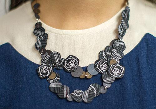 Dos Riberas Flower Fabric Necklace