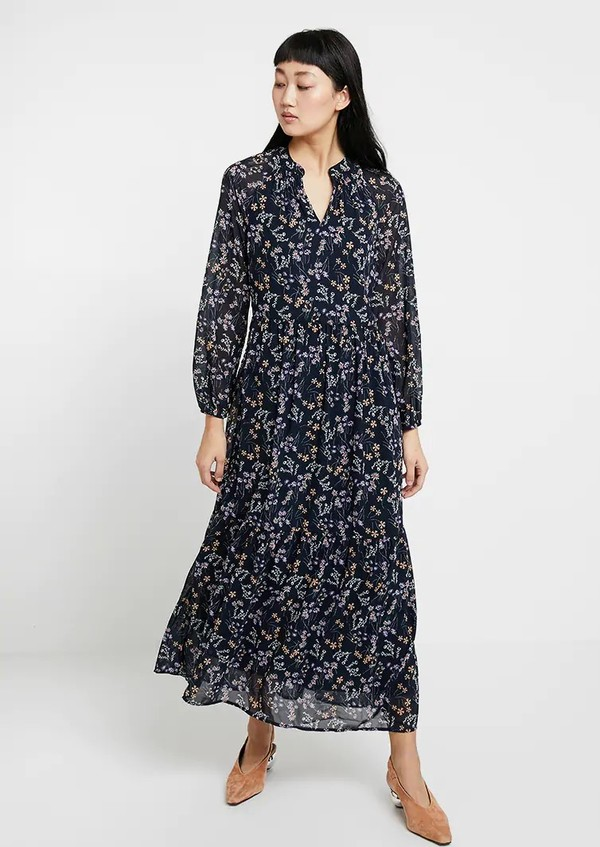 sneakers for cheap 48d56 295a7 VERO MODA Lotus Maxi Dress - floral on Garmentory