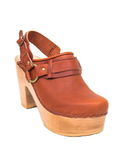 No. 6 Whiskey Clog in Bourbon